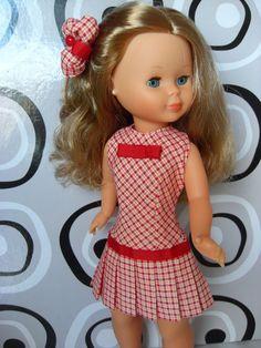 Nancy vestido vintage Hecho a mano por Petits Vestits American Girl, Nancy Doll, Girls Dresses, Summer Dresses, Vestidos Vintage, Antique Dolls, Kids And Parenting, Doll Clothes, Fashion