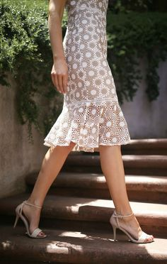 What to wear to a special event // Tan and white round disc lace fit and flare sheath dress + white strappy sandals, what to wear to baptism or christening {shoshanna, sam edelman} Baptism Outfit, Baptism Dress, White Strappy Sandals, Professional Dresses, Bohemian Wedding Dresses, Mothers Dresses, Nyc Fashion, Look Chic, Pretty Outfits