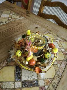 Osterdeko - Kleines Hasennest - ein Designerstück von TinaKreativ bei DaWanda Dairy, Food, Bunny, Easter Activities, Amazing, Essen, Meals, Yemek, Eten