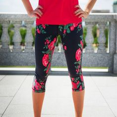 Go Capri, ANTIGUA from Albion Fit. These are super cute and great for your daily workout! Fitness Outfits, Fitness Fashion, Workout Attire, Workout Wear, Workout Pants, Workout Leggings, Workout Style, Running Leggings, Women's Pants