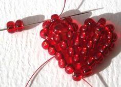 Craft Pimp: Tutorial - Brick Stitch Heart by Lynn Davy