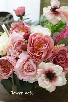 『【今日の贈花】開店祝 ToBiRa Café 』 http://ameblo.jp/flower-note/entry-11518520073.html
