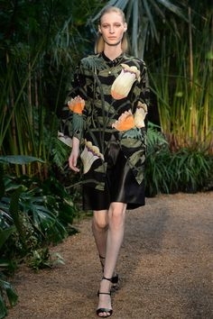 Christophe Lemaire for Hermes SS2014 #Paris Fashion week ready to wear #jungle #adventure #HenriRousseau