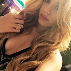 Singer Dinah Jane Fifth Harmony wearing the Misahara Chara Ring with Orange Moonstone