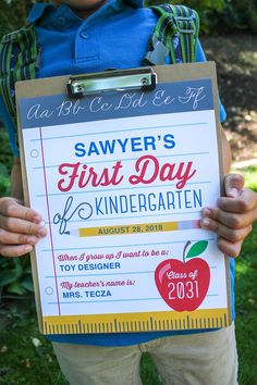 First and Last Day of School Free Printable Signs - Just Add Confetti