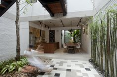 Architects: i.House Architecture and Construction Location: Nhà Bè District, Ho Chi Minh, Vietnam Design Team: Le Canh Van, Dang Huy Cuong, Chu Ngoc Anh Area: 82.0 sqm Year: 2014 Photographs: Le Canh Van, Vu Ngoc Ha