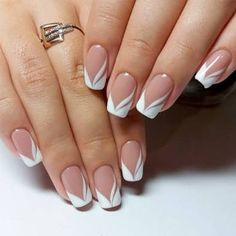french nails nude-quadratisch-spitze-weiß-dreieckig-lang-elegant-brautnägel-ri… french nails nude-square-lace-white-triangular-long-elegant-bridal-nails-ring Nude nails always look COFFIN NAIL ART Nude nail ideas that a French Manicure Nails, French Manicure Designs, French Tip Nails, Gel Nails, Manicure Ideas, Acrylic Nails, Spa Manicure, Pedicure, Coffin Nails