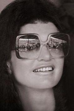 Pictures of Jackie Kennedy dress - jackie-kennedy nina ricci.jpg