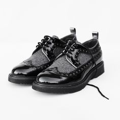 Quis Quis back to school 2015 black lace-up shoes produced by Andrea Montelpare #backtoschool #quisquis #FW15 #fall #winter #fallwinter2015 #childrens #kids #childrenswear #kidswear #kidsfashion #girls #boys