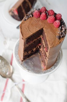 chocOlate raspberry crunch cake