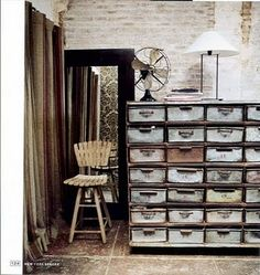 would love to have one of these for art supply storage ~  ❀ ~  ◊  photo via 'belle vivir' blogspot