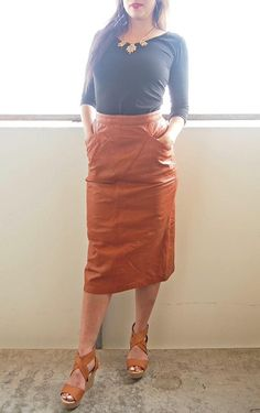 Vintage tan long pencil skirt with nice details and front pockets. Skirt is in very good condition, except little barely visible scratches at the bottom of the back side (see the pictures), it is real vintage leather (probably dating back to late 80s) Sizes: EUR 38 UK 10 US 6