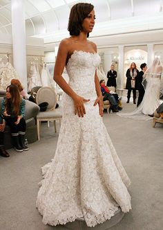 Featured Dresses, Season 8 Part 5: Say Yes to the Dress: TLC: looks great on her!!!!
