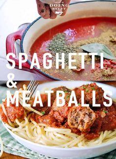 It's spaghetti & meatball season! I can say that with confidence because every season is spaghetti & meatball season. Here's my classic and easy recipe. Italian Recipes, New Recipes, Cooking Recipes, Favorite Recipes, Dinner Recipes, Healthy Recipes, Spaghetti Dinner, Spaghetti And Meatballs, Tomato Juice Recipes