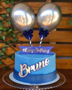 """Opte por aquilo que faz seu coração vibrar""😍🎂❤️ . . . . . #bolosdeaniversario #bolosdecorados #bolospersonalizados #balloncake… Balloon Cake, Balloon Bouquet, Cake Decorating Piping, Beautiful Birthday Cakes, Icing Techniques, Dream Cake, Drip Cakes, Cakes For Boys, Dad Birthday"