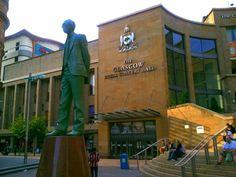 Donald Dewar Sculpture in Glasgow: