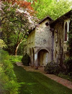 """english-idylls: """" The Old Vicarage in Grantchester, England. """"-----mmm, to me this depicts the quintessential 'Englishness.'"""
