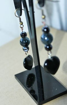 Black heart earrings Black jewellery Beaded by TwyningsDesigns