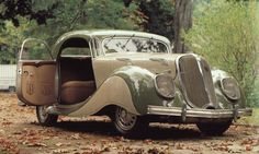 Coupé Panhard Dynamic 140 de 1936 (photo : Cent ans d'automobile française - Jacques Rousseau, Jean-Paul Caron)