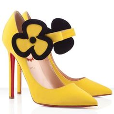 Red bottom Christian Louboutin Pensee 120mm Satin Pumps Yellow was designed meticulously and specially for you. The cheap louboutin red bottompumps are extremely classy and will allow your look to come together perfectly. Besides, the discount red soles Christian Louboutin Pointed Toe Pumpscan be fit for any occasions whether they are casual or formal. Color: Yellow Material: Satin Height: 4.7 inches approx. - 120 mm approx.