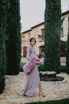 Guest look wedding night winter long dress lavender perfect guest - Guest look wedding night winter long dress lavender perfect guest - Elegant Dresses, Vintage Dresses, Beautiful Dresses, Stylish Clothes For Women, Stylish Outfits, Christening Guest Outfit, Wedding Guest Looks, Perfect Wedding, Fiesta Outfit