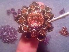Tutorial perline: anello Dahlia con delica, rocailles e cristalli swarovski; parte1