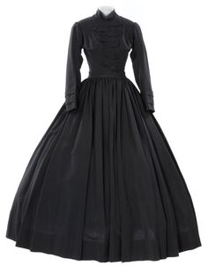 OHMYGOSH!!!  This is going to be my mourning dress!!!    Costume designed by Walter Plunkett for Arlene Dahl in The Outsiders (1950).