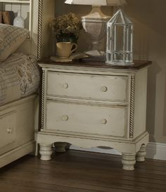 Hillsdale Furniture Wilshire 2 Drawer Nightstand