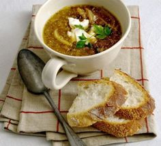 Roasted onion soup with goat's cheese toasts