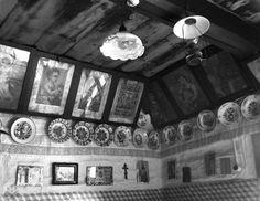Výzdoba interiéru, Telgárt, okr. Brezno, 1957. Foto: Ester Plicková. Archív negatívov Ústavu  etnológie SAV v Bratislave