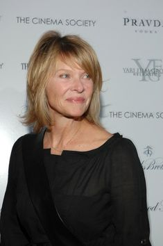 "Kate Capshaw Photos - Kate Capshaw attends The Cinema Society Screening of 'The Good Night' August 2007 in East Hampton, New York. - The Cinema Society Presents A Screening Of ""The Good Night"" - Arrivals Haircuts For Medium Hair, Medium Short Hair, Long Bob Hairstyles, Medium Hair Styles, Short Hair Styles, Jessica Capshaw, Kate Capshaw, Thin Hair Styles For Women, Hair Styles 2016"