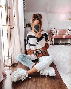 5 French Girls and Their Winter Outfit Ideas Teenage Outfits, Teen Fashion Outfits, Cute Casual Outfits, Sweater Outfits, Outfits For Teens, Women's Fashion, Fashion Clothes, Striped Outfits, Teen Fashion