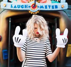 Check out this fabulous fashion shoot from Disneyland!