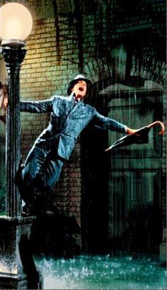 Singin In The Rain! Love me some Gene Kelly