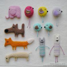 Валяние игрушек от Юлии Овцыной. Брошки / Валяние из шерсти, игрушки, мастер классы / КлуКлу. Рукоделие - бисероплетение, квиллинг, вышивка крестом, вязание