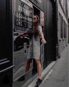 Photomaton argentique vintage Montmartre Shirt Dress, T Shirt, Photo Booth, Vintage, Dresses, Fashion, Bullies, Pictures, Supreme T Shirt