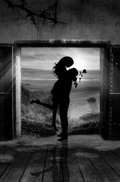 Rose : Photo   couples embrace, lifts her up silhouette,
