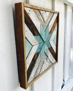 Great way to get started with DIY woodworking projects. * Read more at the image… - wood projects Reclaimed Wood Art, Rustic Wood Walls, Reclaimed Wood Projects, Wooden Walls, Wood Projects That Sell, Barn Wood Projects, Woodworking Projects Diy, Woodworking Vise, Woodworking Classes