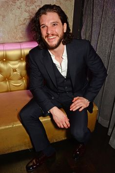 Game of Throne's Kit Harington Says His First Time Was Nothing Like Jon Snow's