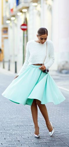 Mint skirt and fluffy white cropped sweater silver metallic heels Fashion Mode, Look Fashion, Womens Fashion, Skirt Fashion, Street Fashion, Style Casual, My Style, Green Style, Mint Skirt