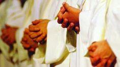 Un piccolo gesto ma di grande amicizia per i nostri sacerdoti