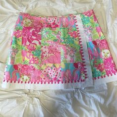 Lilly Pulitzer Skort Authentic Lilly Pultizer Skort. Skort with built in shorts. Size 10. No tags. Lightly worn. Lilly Pulitzer Skirts