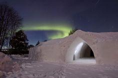Natuurliefhebbers opgelet! In het koude #Finland vind je het 3-sterren Artic Snow hotel, dat dienst doet sinds 2008. Een arctische ervaring, zoals je die nog niet eerder hebt meegemaakt. #origineelovernachten #officieelorigineel #reizen #origineel #overnachten #slapen #vakantie #opreis #travel #uniek #bijzonder #slapen #hotel #bedandbreakfast #hostel #camping