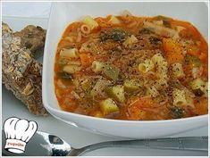Για τις κρυες μερες και νυχτες του χειμωνα μια εξαιρετικη σουπα λαχανικων, που θα σας γεμισει νοστιμια και αρκετη ενεργεια...μια σουπα πολυ πολυ υγιεινη!!! Απολαυστε την !!! Cookbook Recipes, Cooking Recipes, Weight Watchers Meals, Greek Recipes, Ratatouille, Cooking Time, Thai Red Curry, Nutella, Macaroni And Cheese