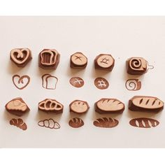 Cool Paper Crafts, Diy And Crafts, Eraser Stamp, Bakery Packaging, Stamp Carving, Fabric Stamping, Handmade Stamps, Wood Stamp, Rock Crafts
