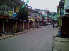 Despite warnings of pay cuts and licence cancellation Darjeeling Hills completely shuts down   A 12-HOUR strike in Darjeeling district Wednesday which had become symbolic of one-upmanship between the Gorkha Mukti Morcha that had called it and the ruling Trinamool Congress that tried to foil it ended with the GJM calling it a near complete success and the TMC calling it a failure. Many in Darjeeling in fact see the government overdrive to foil the bandh as having backfired. Over the past two…
