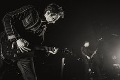 http://muse.mu/images,uk-psycho-tour-march-2015_179.htm?photo=4374