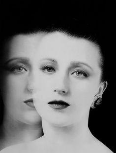 Cindy Sherman, double portrait, 1985 -by David Seidner from auction.fr (Millon associés)