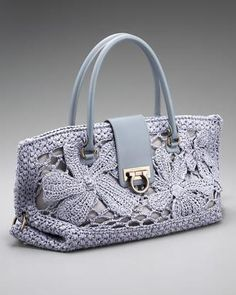 bolsas crochet | Esta bolsa de crochet de Salvatore Ferragamo é o modelo Fiordalis.