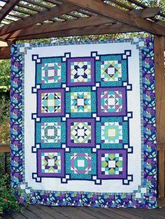 x A Michael Miller Clubhouse Quilt that showcases the Daydream Clubhouse 2014 by Swirly Girls fabric collection. Owl Quilts, Sampler Quilts, Girls Quilts, Star Quilts, Easy Quilts, Applique Quilts, Quilting Projects, Quilting Designs, Quilting Ideas